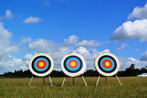 Archery-Targets-on-Sunny-Day